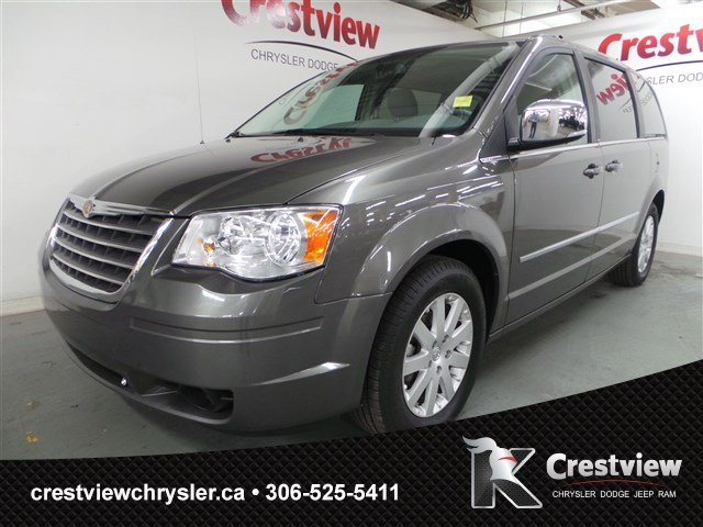 Used Chrysler Town & Country Touring w/ Dual DVD